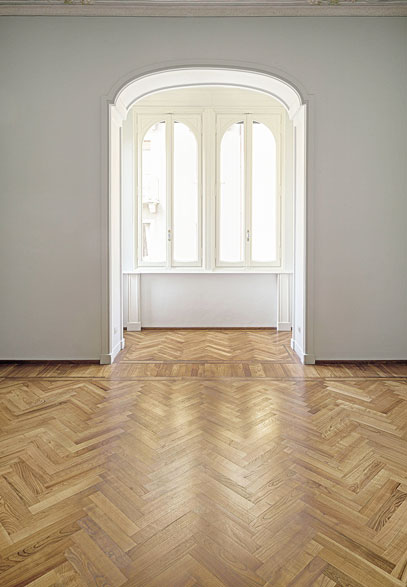 Room with Herringbone Wood Flooring | Italian Wide Plank Wood Flooring Tavolato Veneto