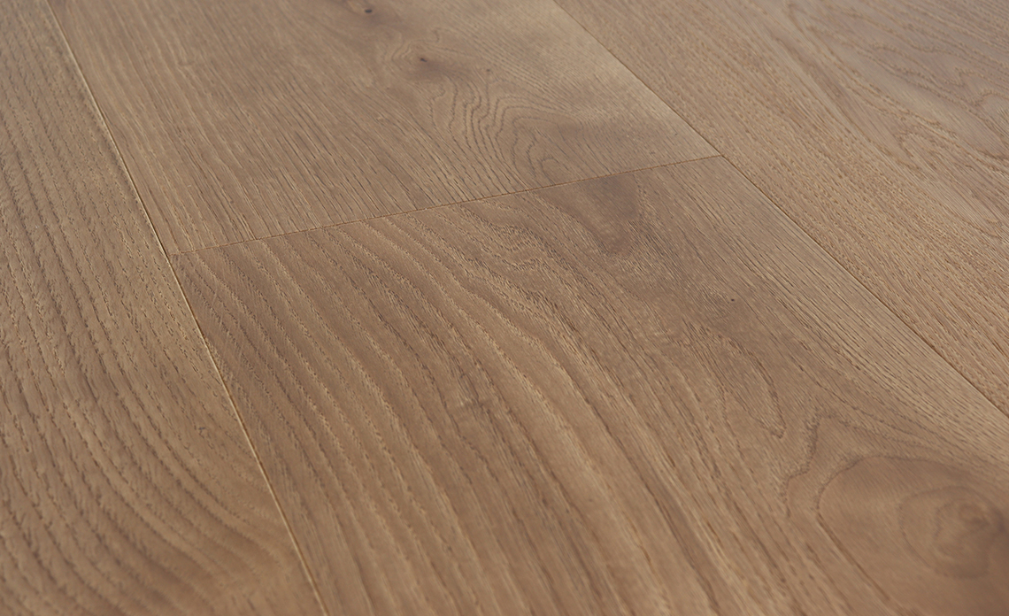 Oak Rovere Veronese, Lightly Brushed and Varnished, 9.5 inches wide Wide Plank Floors from Tavolato Veneto